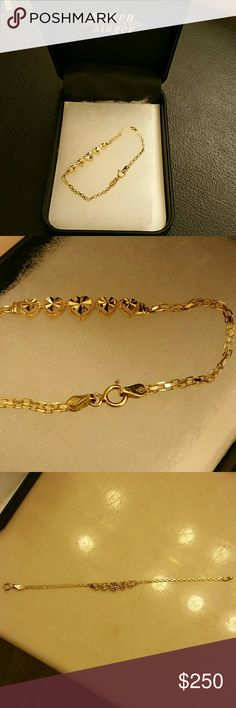 "14k Real Gold Pre-owned  14k Real Gold Bracelet with Hearts. Approximately 2.2 grams. Approximately 6"" length. . I really like this but sad just needed... 14k Gold heart bracelet Jewelry Bracelets"