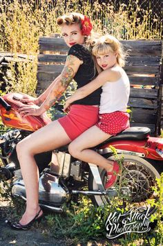 Go for a ride on a motorcycle. | 31 Impossibly Sweet Mother-Daughter Photo Ideas
