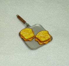 Dollhouse Mini Diner Griddle Grilled Cheese Sandwiches