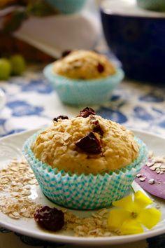 Muffins de uva, pasas y avena