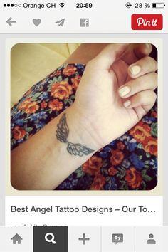 a small pink bow tattoo tattoos cutetattoos lovelytattoos tattoos pinterest tattoo. Black Bedroom Furniture Sets. Home Design Ideas