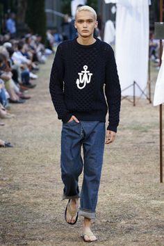 J.W.Anderson Spring 2018 Menswear Collection Photos - Vogue