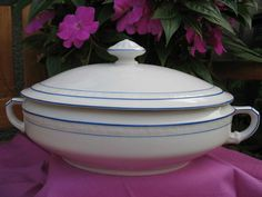 FRAUREUTH~Alte Suppen-Terrine mit Deckel~Oval Weiß Blauer Rand~~aus Nachlass