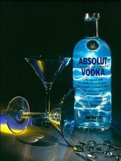Cocktail Drinks, Alcoholic Drinks, Cocktails, Martinis, Beverages, Absolut Vodka, Drink Bottles, Vodka Bottle, Vodka