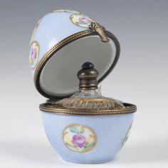 La Gloriette Limoges Porcelain Perfume Bottle Box - 4