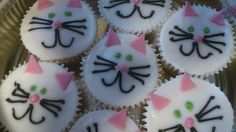 Cat cupcakes  This week's tasty treats are lovely vanilla sponge kitty cupcakes from Cakes by Sally Bath !  Yum  *** Have you created or spo...