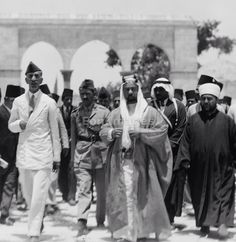 King Faisal of Iraq visits Jerusalem in 1933, his last visit there before he died.