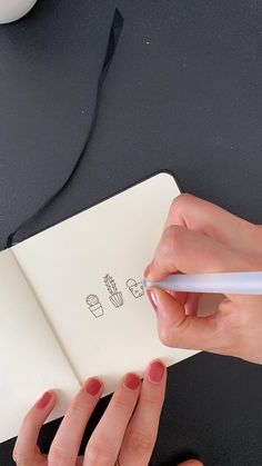 Bullet Journal Lettering Ideas, Bullet Journal Writing, Bullet Journal Ideas Pages, Bullet Journal Inspiration, Art Drawings Sketches Simple, Easy Drawings, Botanical Line Drawing, Watercolor Art Lessons, Doodle Art Drawing