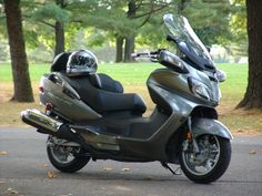 Stage 1 of Not Getting Older ... Buy a 2008 Suzuki Burgman 650 Exec, the first motorcycle you've had at age 57.
