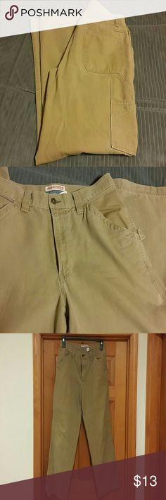 Men's Old Navy Khaki Painter's Jeans 31x32 100% cotton, loop on side and painter's pockets in back, in good condition Old Navy Pants Chinos & Khakis
