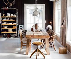 dining room: rustic farm table with mismatched chairs black wall with white floors, the pendant, and antlers! Scandinavian Cabin, Scandinavian Kitchen, Scandinavian Design, Nordic Kitchen, Nordic Design, Deco Design, Küchen Design, House Design, Interior Design