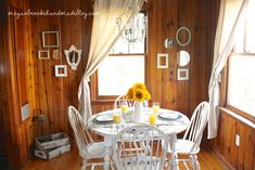 great solution for older wood dining set! Dining Set, Dining Room, Old Kitchen Tables, Using Chalk Paint, Old Wood, White Paints, House Design, Painting, Home