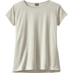 Patagonia Women's Trail Harbor T-Shirt Long Plains/Birch White XS Bermuda Shorts Women, Types Of Sleeves, Sleeve Types, Patagonia, Shirt Style, Casual Shirts, Men Casual, Trail