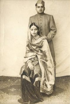 The cap, the crisp sherwani, the silk - very elegant. bollywood indian inspiration black and white image Vintage India, Jaisalmer, Udaipur, Old Pictures, Old Photos, Rare Photos, Vintage Photographs, Vintage Photos, Indian Look