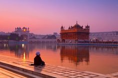 Your Guide to Visiting Amritsar and the Golden Temple
