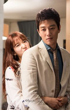 Kim Rae won and Park shin hye in Doctors 2016 Behind the scene Doctors Korean Drama, Kdrama, Kim Rae Won, Doctor Stranger, Lee Sung Kyung, Weightlifting Fairy Kim Bok Joo, Korean Couple, Park Shin Hye, Korean Actors