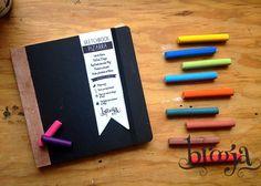 ¡Puedes escribir o dibujar en las portadas con gises!  15x15 cm 72 hojas papel bond ahuesado 90 gr Pasta blanda Acabados artesanales