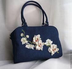 Купить или заказать сумка 'Белые орхидеи на синем' в интернет-магазине на…