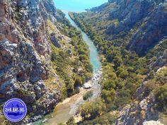 Kreta Rondwandeling Koxari Haraso en Voritsi: Om een goede indruk te krijgen van het 'echte' leven op Kreta, is het leuk om deze rondwandeling te doen. De dorpen Koxari, Haraso en Voritsi liggen niet ver van de kust verwijderd en zijn echt leuk om te bezoeken. Er zijn meerdere routes mogelijk in deze omgeving, van