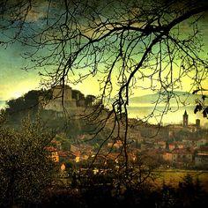 Sarteano, Toscana, Italia by David Butali, via Flickr