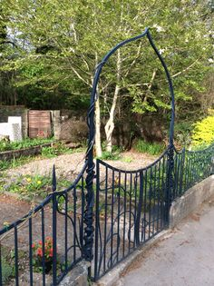 Organic gates and railings hand forged by blacksmiths at Gofannon forge in Mid wales. Www.gofannonforge.com