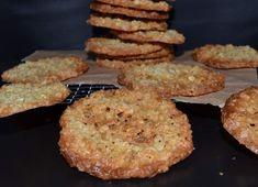 Sprøde og gyldne havregrynskager… Danish Food, English Food, Deserts, Muffin, Gluten Free, Sweets, Snacks, Cookies, Baking