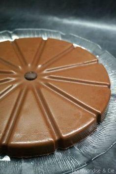 Fondant au chocolat sans cuisson dans le moule à parts flexipan