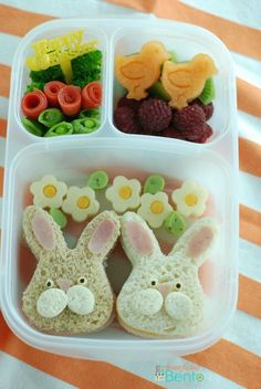Bunny sandwiches for a fun Easter Lunch Idea! Packed in an #easylunchboxes container