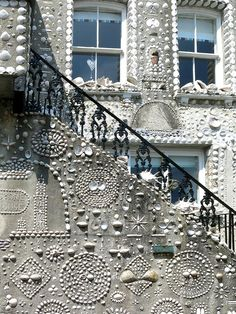 The Shell House in Cornwall. Cornwall England, Yorkshire England, Cornwall House, Yorkshire Dales, Polperro Cornwall, Shell House, Holidays In Cornwall, Into The West, Photo Wall Collage