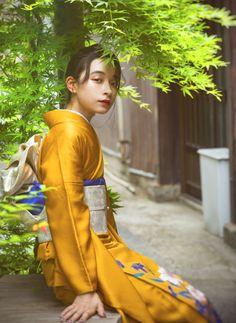 フォトギャラリー|成人式・卒業式の写真撮影・振袖レンタルならaim|東京原宿 Kimono Japan, Japanese Kimono, Japanese Outfits, Japanese Fashion, Vintage Kimono, Beauty Shots, Kimono Dress, Cute Couples Goals, Yukata