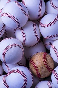 Heart Art - Heart stitched baseball by Garry Gay Baseball Crafts, Baseball Quotes, Baseball Pictures, Baseball Backgrounds, Baseball Wallpaper, Baseball Game Outfits, Baseball Girls, Braves Baseball, Baseball Stuff