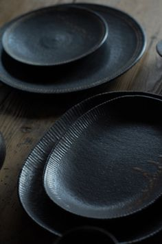 dark plates