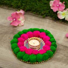 Arti Thali Decoration, Thali Decoration Ideas, Diwali Decorations, Festival Decorations, Diwali Diya, Diwali Craft, Handmade Decorative Items, Pallet Wedding, Flower Rangoli