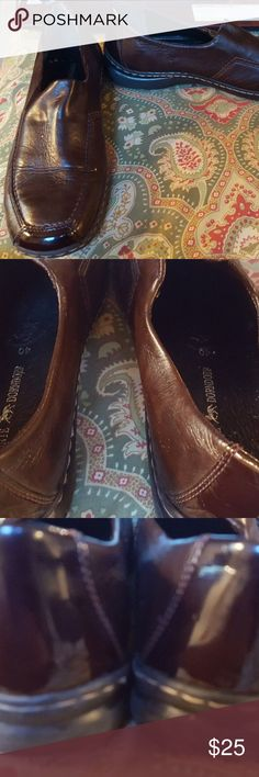 """Remonte Dorndorf 40 9 brown loafers heels shoes Shoes are in excellent condition.  There are some markings on the inside of the shoe, but no difference in feel, and outside of shoes are in fabulous condition.  Heels measure 3/4"""".  Shoes are located in a  smoke-free home. Remonte Dorndorf Shoes Heels"""