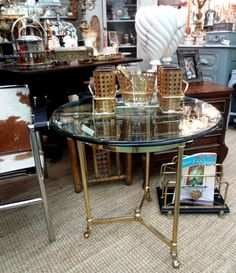 Vintage La Barge solid brass hoof foot side/accent table with glass top.