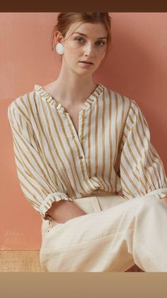Des Petits Hauts Sale up to off. Feather & Stitch are one of the UK's leading stockists of Des Petits Hauts online. Shop Des Petits Hauts dresses, skirts, tops, t-shirts, belts and shorts. Kurta Designs, Blouse Designs, Cotton Blouses, Shirt Blouses, Blouse Ample, Pulls, Blouses For Women, Ideias Fashion, Fashion Outfits