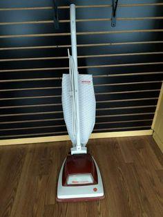 Eureka Vacuum, Upright Vacuum, Vacuum Cleaners, Convertible, Retro Vintage, Vacuums, Good Things, Eye, Running