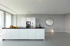 Polyurethaan gietvloeren | Unica - UW-vloer.nl Kitchen Island, Buffet, Cabinet, Storage, Furniture, Home Decor, Island Kitchen, Clothes Stand, Purse Storage
