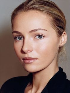 A Case for Highlighter: How to Fake Supermodel Bone Structure: Daily Beauty Reporter Beauty Make-up, Daily Beauty, Beauty Secrets, Beauty Hacks, Best Beauty Tips, Bridal Makeup, Wedding Makeup, No Make Up Make Up Look, Tumbrl Girls