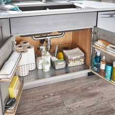 7 Useful House Cleaning Tips That You Need to Know kitchen clutter solutions – declutter kitchen cabinets and organize under kitchen sink for an uncluttered kitchen on a budget Under Kitchen Sinks, Tidy Kitchen, Hidden Kitchen, Diy Kitchen Storage, Kitchen Items, New Kitchen, Kitchen Organization, Kitchen Stuff, Rustic Kitchen