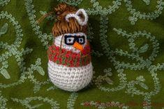 PDF Pattern - Snow Folk Hipster Lady - Amigurumi Christmas Ornament