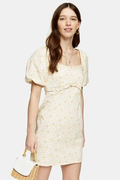 Carousel Image 2 Cheap Summer Dresses, Simple Dresses, Day Dresses, Dress Outfits, Lovely Dresses, Dress Images, Aesthetic Fashion, Poplin, Floral Prints