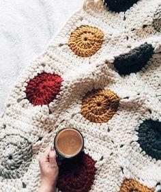 PATTERN: Color Pop Granny Square Easy Crochet Blanket
