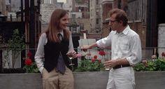 """Hài hước, lãng mạn và chân thực đến lạ kỳ, """"Annie Hall"""" không chỉ là tuyệt tác của điện ảnh những năm 70 mà còn được ví von là bộ phim đã """"dựng tượng"""" người phụ nữ hiện đại trong điện ảnh với hình mẫu nhân vật Annie Hall quá đỗi xuất sắc do minh tinh Diane Keaton thủ vai.    """"Mean girls"""" đã...  http://cogiao.us/2017/03/07/nhung-bo-phim-cuc-dinh-cho-ngay-quoc-te-phu-nu/"""