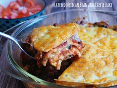 Meatless Monday – Layered Mexican Bean and Cheese Bake Dinner Vegetarian – Dinner Recipes Layered Taco Bake, Cheese Bake Recipes, Healthy Beans, Homemade Seasonings, Baked Beans, Meatless Monday, Perfect Food, Casserole Dishes, Vegetarian Recipes