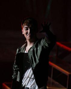 Bigbang fanmeet in Guangzhou day 1 #gd #gdragon #jiyong #kwonleader #youngbae #taeyang #dlite #daesung #VI #seungri #TOP #choiseunghyun #bigbang #YG #YGE #YGEntertainment #ygfamily #VIP #peaceminusone