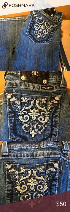 Miss Me Jeans boot cut I'm very good condition. Just a few small rhinestones missing from pockets as shown in pic. No other issues at all with jeans. Sz 29 with a 33 in inseam. Miss Me Jeans Boot Cut