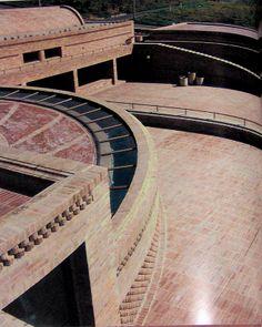 Rogelio Salmona: El arte del ladrillo - archivo general de la nacion Architectural Elements, Arches, Bricks, Terracotta, Buildings, Architecture, Detail, Design, Arquitetura