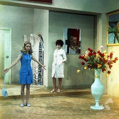 Przygoda z piosenką [1968] Polish, Actresses, Shirt Dress, Shirts, Fashion, Female Actresses, Moda, Vitreous Enamel, Shirtdress