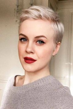 Short Pixie Hairstyles For Everyone ★ See more: http://lovehairstyles.com/trendy-short-pixie-hairstyles/